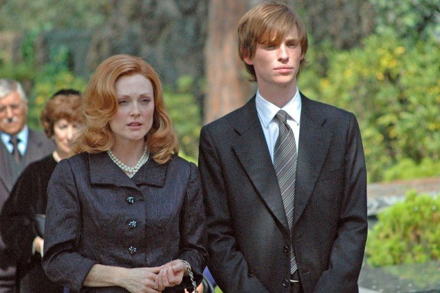 Julianne Moore and Eddie Redmayne in Savage Grace