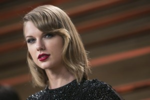 Before Taylor vs. Apple: 5 Musicians Who Beat the Music Industry