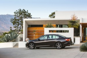 The New 2016 Honda Accord is Loaded With More Tech Than Ever