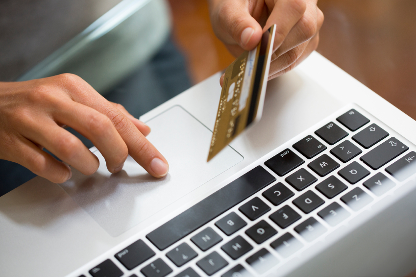 shopping online with a credit card
