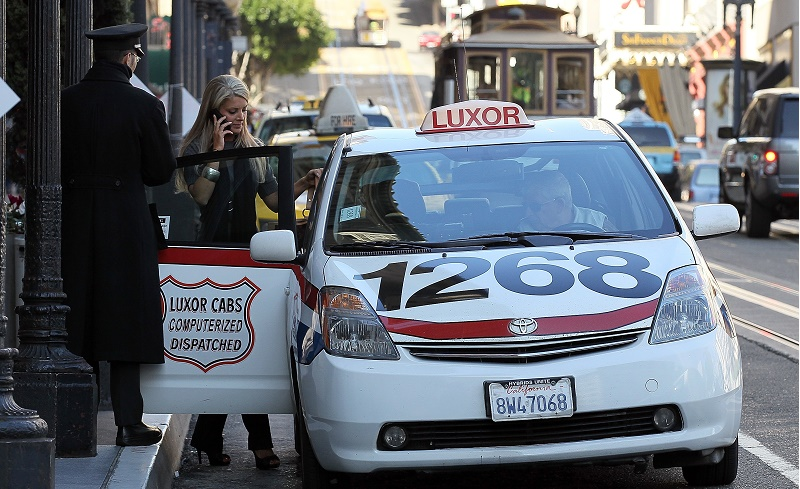 San Francisco Mayor Lee Makes Green Taxi Announcement