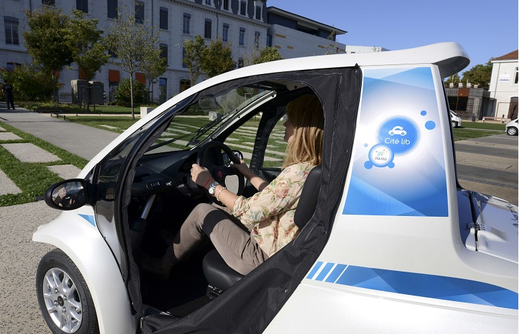 FRANCE-ENVIRONMENT-TRANSPORTS-AUTOMOBILE-SHARING-ENERGY