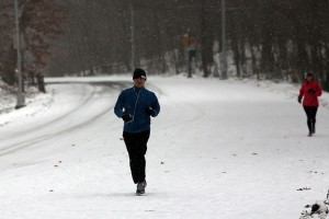 6 Ways to Stay in Running Shape This Winter
