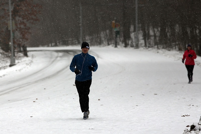 running in winter conditions