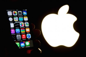 5 Apple Rumors: From a Smaller iPhone to Solar-Powered Mice