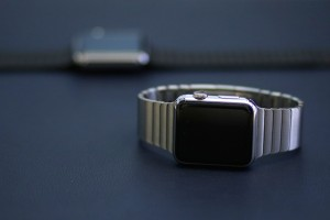 Why Apple Watch Sales Are Good and Bad at the Same Time
