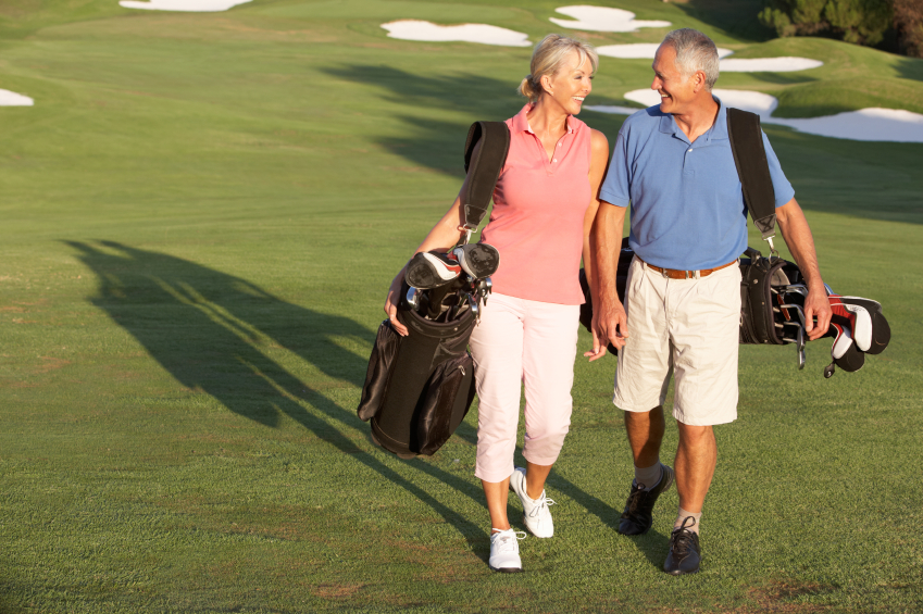 elderly couple, golf