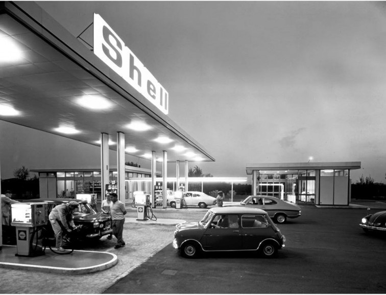 A Shell gas station in Europe from decades past shows a stylish approach to fueling up