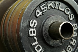 How You Can Build Muscle Using Lighter Weights