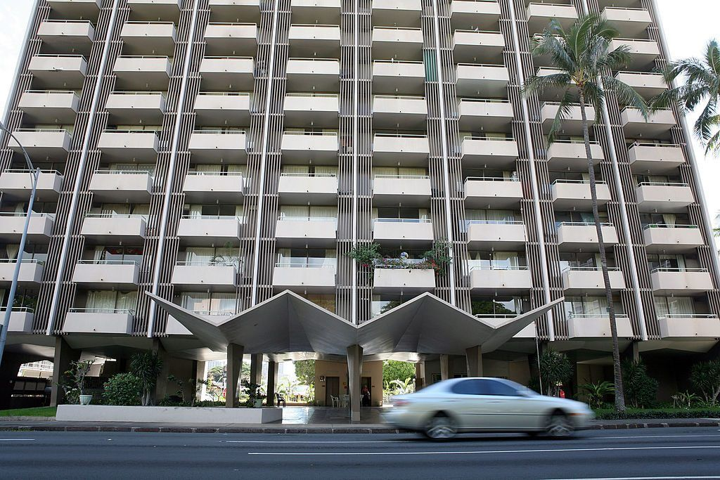 honolulu apartment building