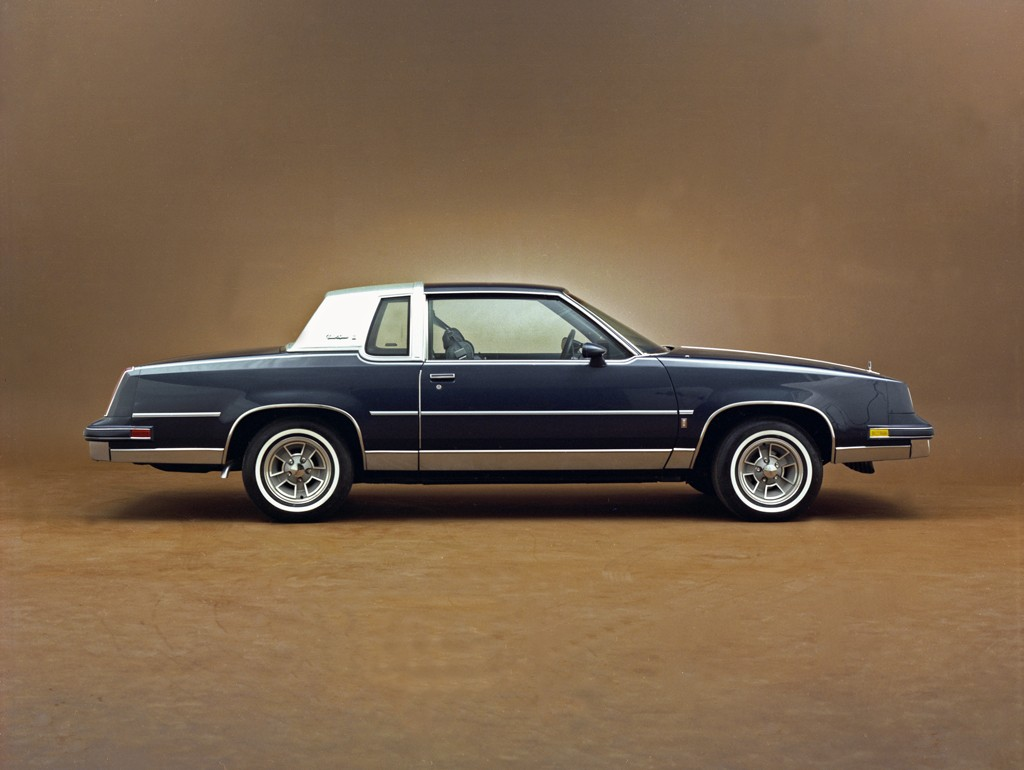 7 best selling american cars you never see anymore. Black Bedroom Furniture Sets. Home Design Ideas