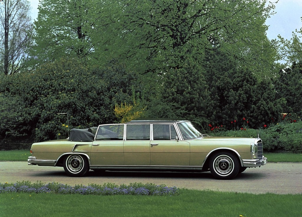 why the mercedes benz 600 is the ultimate luxury car. Black Bedroom Furniture Sets. Home Design Ideas