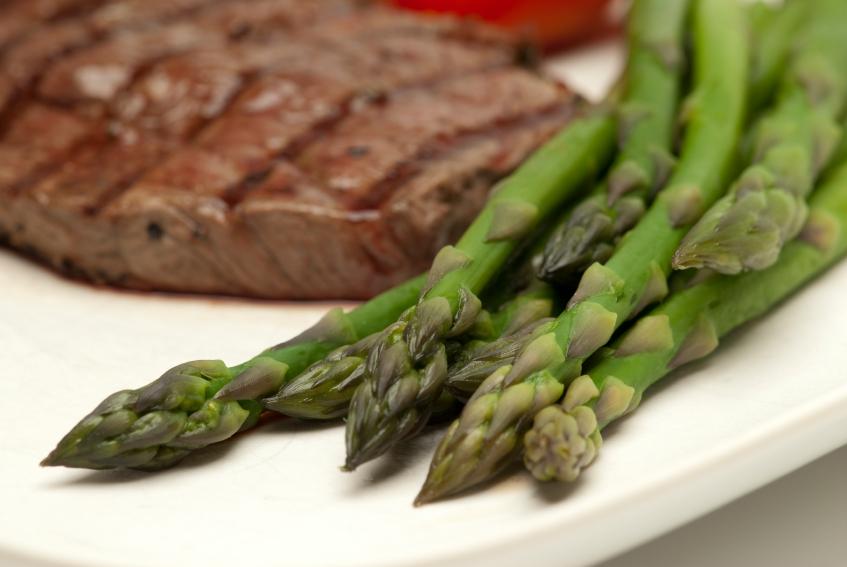 steak, asparagus