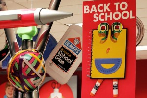 Why Dads Spend More Than Moms for Back to School Shopping