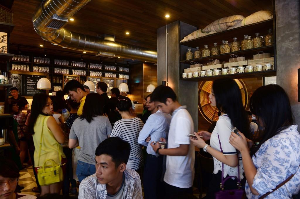 coffee shop line