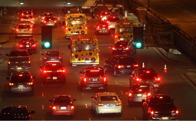 Airport traffic
