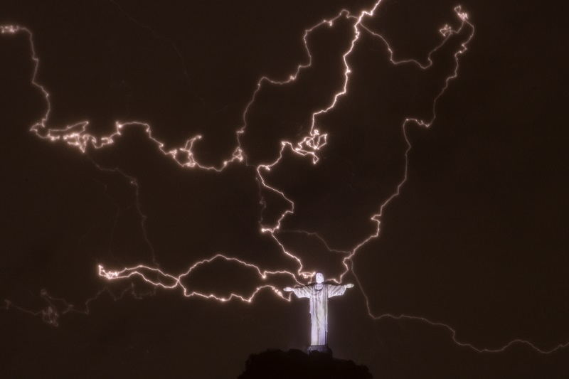 Christ the Redeemer statue with lightening