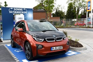 How Electric Vehicles Can Improve Power Grid Performance