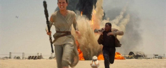 Rey, Finn and BB-8 as seen in 'Star Wars The Force Awakens'