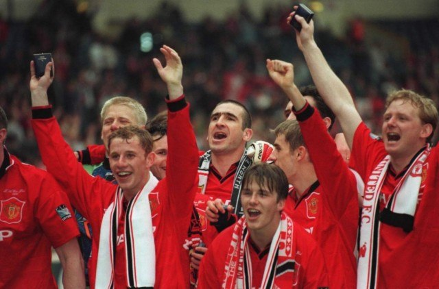 Cheering athletes in The Class of '92