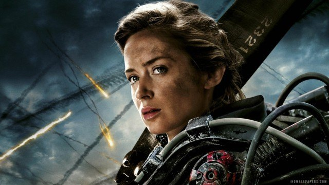 Emily Blunt dons armor and holds a weapon in Edge of Tomorrow