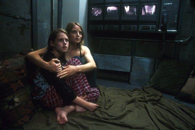 Kristen Stewart and Jodie Foster in 'Panic Room'