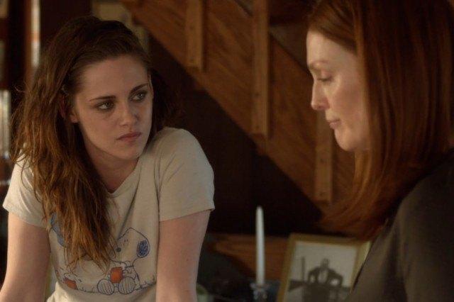 Kristen Stewart and Julianne Moore in 'Still Alice'