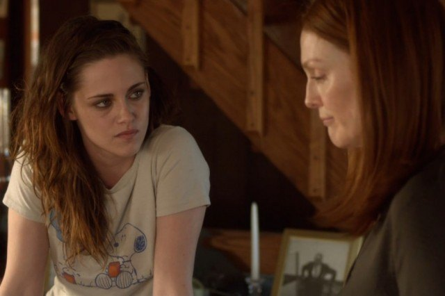 Kristen Stewart and Julianne Moore in 'Still Alice'