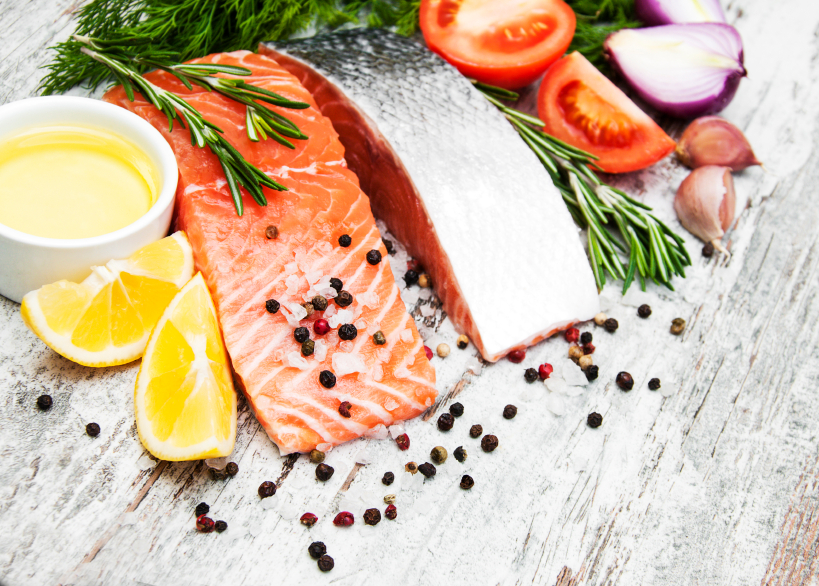 Salmon with lemon and black pepper