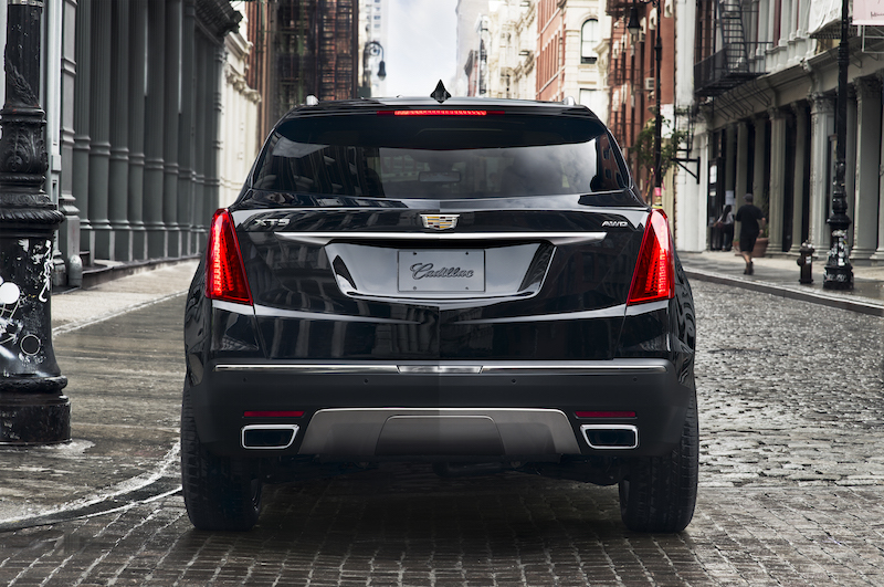 suv awd detail luxury at deluca auto crossover new cadillac bill