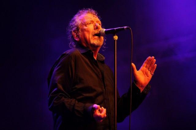 Led Zeppelin singing