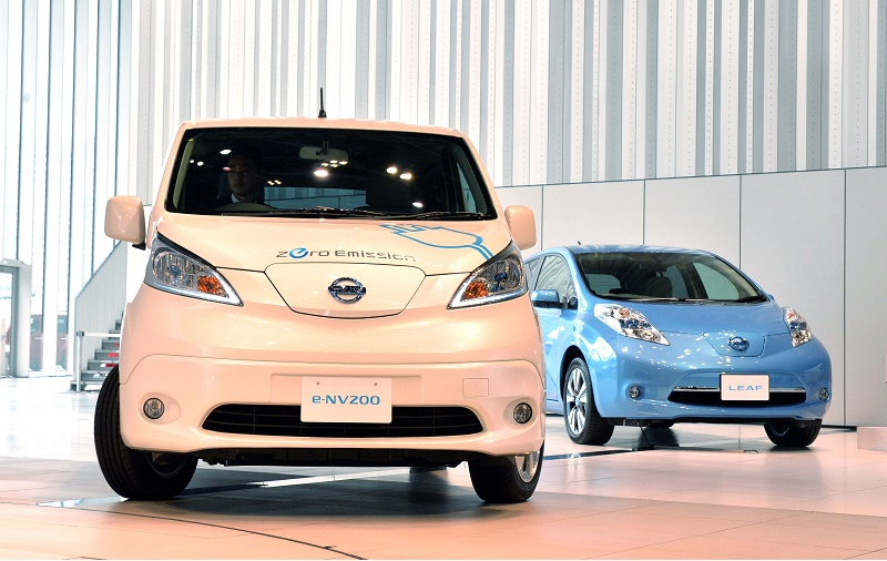 JAPAN-ENVIRONMENT-TRANSPORT-AUTO-NISSAN-TOYOTA