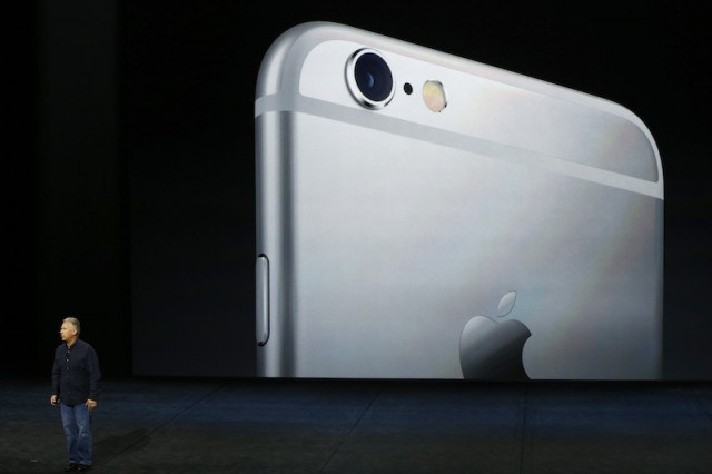 8 Apple Rumors: From iPhone 7 Pro to an Amazon Echo Rival