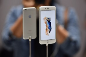 7 Problems With Apple's iPhone 6s and iPhone 6s Plus