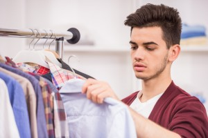 7 Things You Should Never Wear to Work