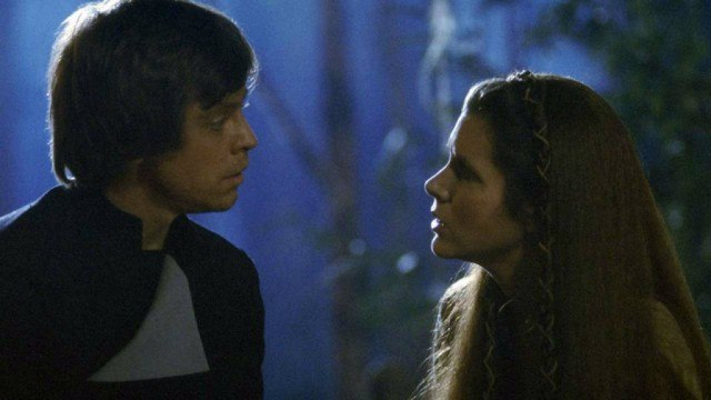 Mark Hamill and Carrie Fisher in Return of the Jedi