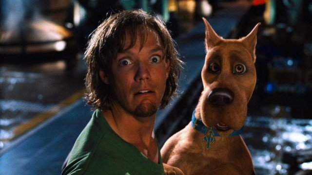 Matthew Lillard and Scooby Doo in Scooby Doo