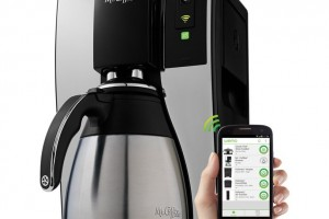 5 Home Gadgets You Can Control With Your Smartphone