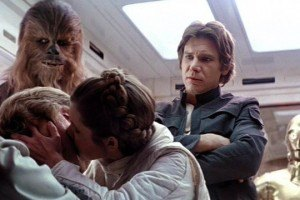 'Star Wars': Mark Hamill Reveals He Made Out with Carrie Fisher