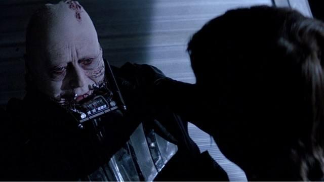 Sebastian Shaw and Mark Hamill in Star Wars: Return of the Jedi