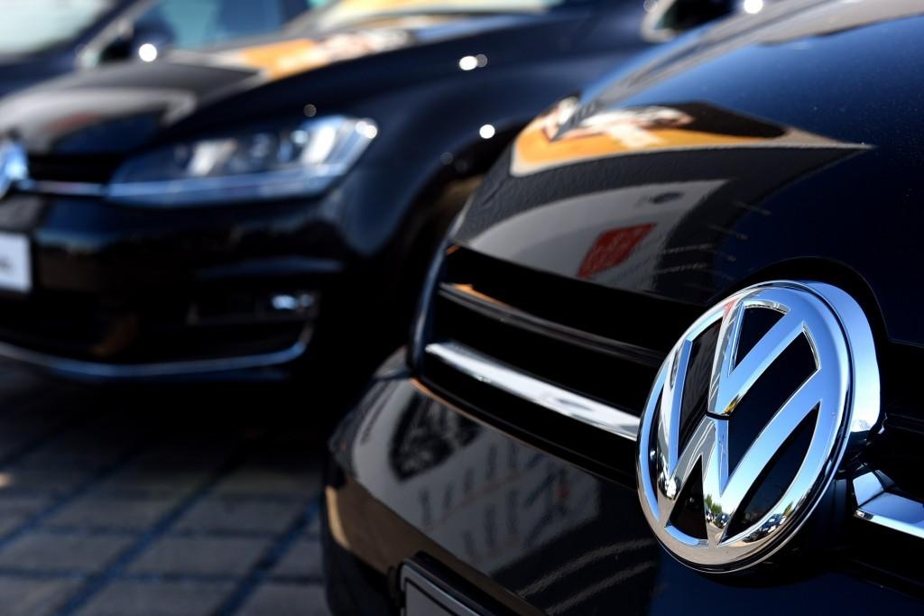 Volkswagen Golf grille
