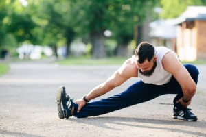 The Right Way to Stretch Before (and After) a Workout