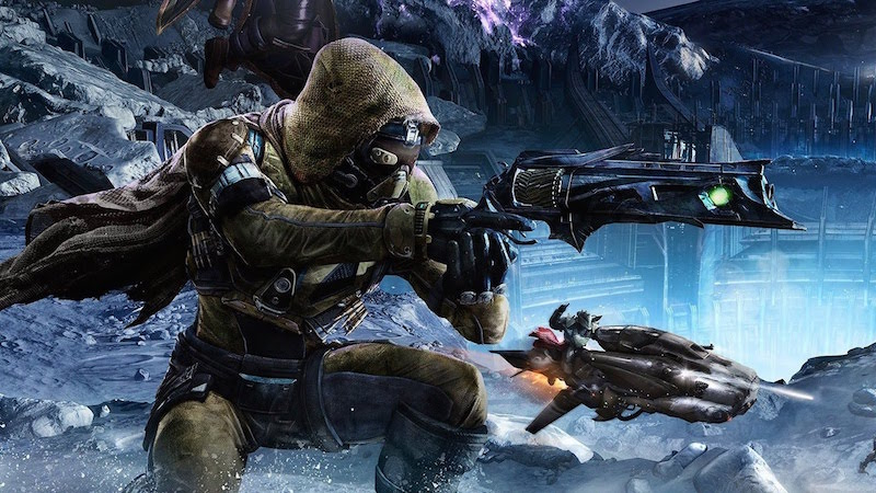 A space marine prepares to shoot an enemy in Destiny.