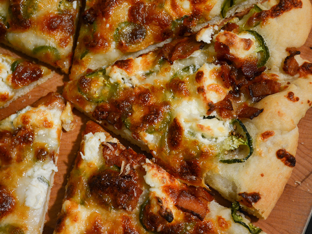 jalapeno popper pizza 2