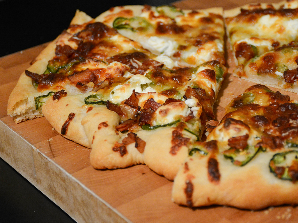 jalapeno popper pizza 1