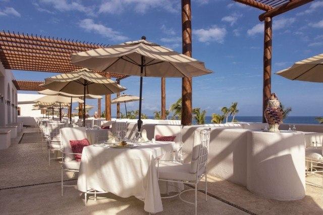 13_MLC_Vista Ballenas_Outdoor-Dining