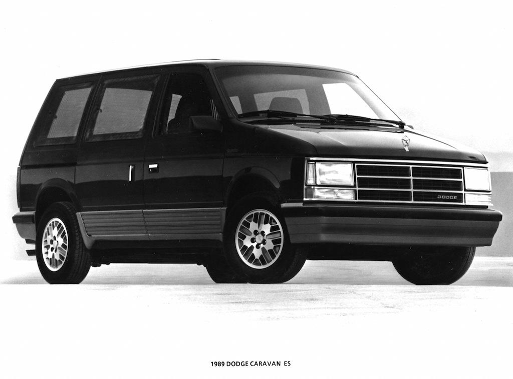 Dodge S Turbocharged Caravan The World S Coolest Minivan