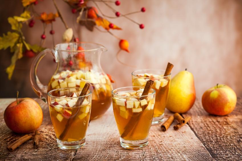 fall fruit sangria, apple, pear, cocktail