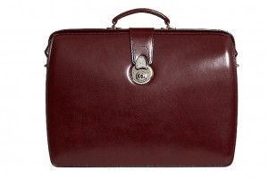 The 5 Stylish Work Bags You Need to Buy