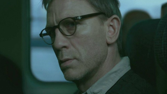 Beyond james bond 5 of daniel craig s best movie roles for The girl with the dragon tattoo story